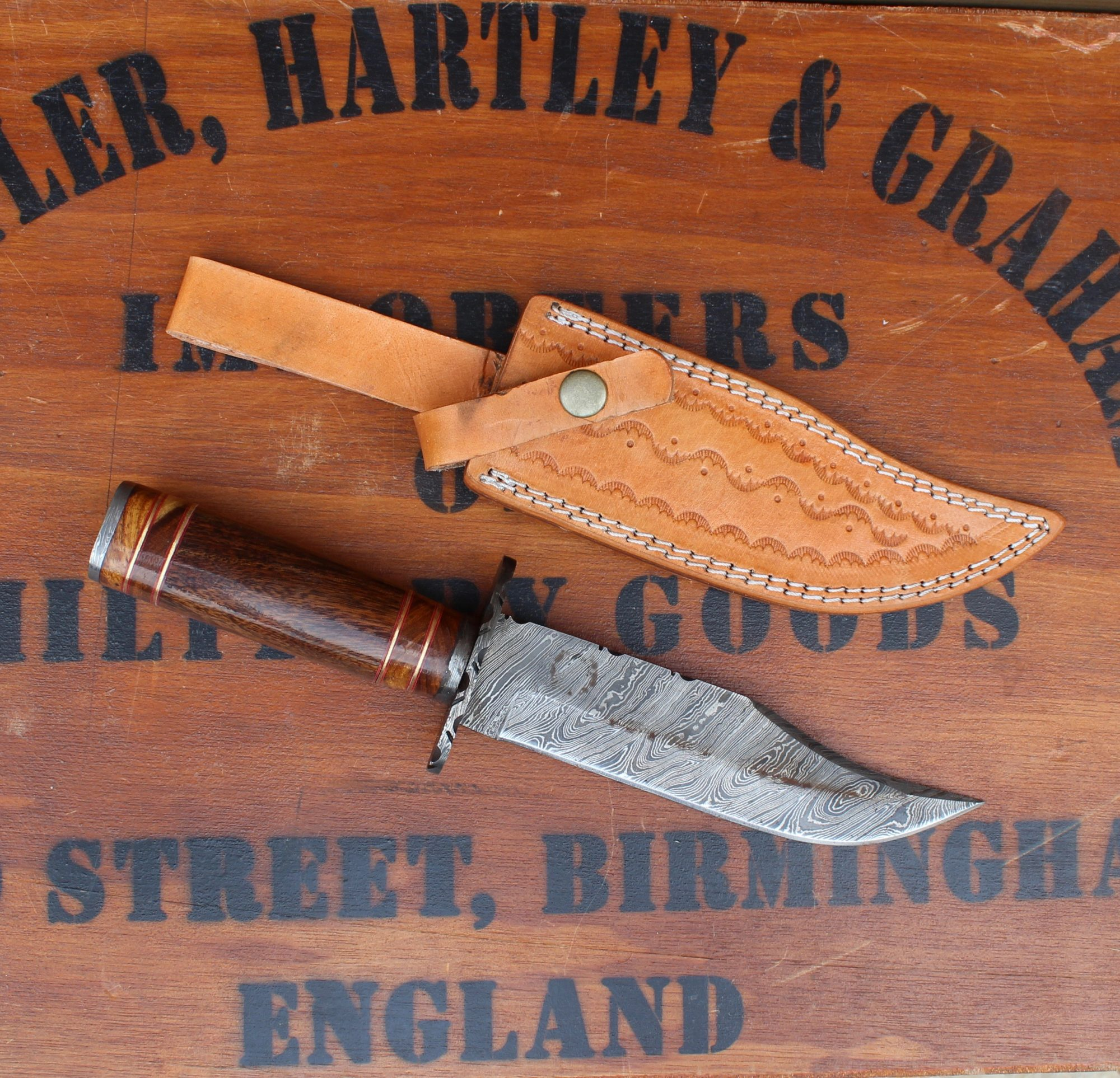 Knives Of The Mountain Man